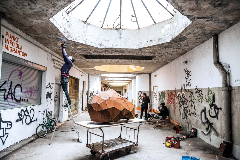 Tomasz Górnicki streetart rzeźba 3