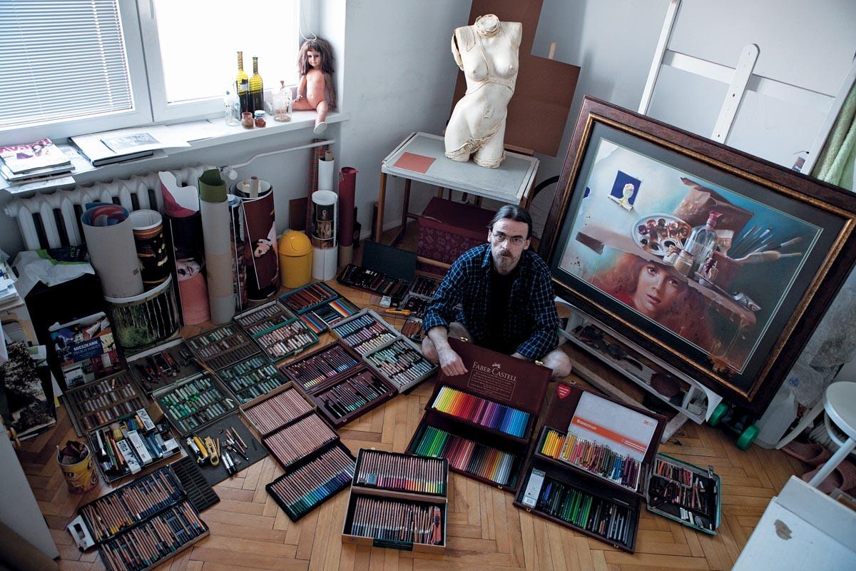 Adam Widełka w swojej pracowni , rysunek, kredki